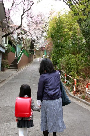 入学式への道